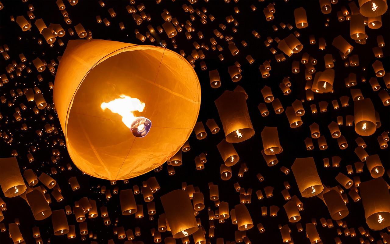 Chinese Lanterns Free Wallpaper download - Download Free