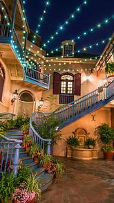 Disneylands Court of Angels Live Wallpaper